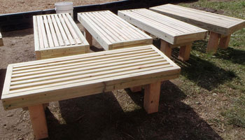 how to build a deck bench