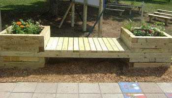 build planter bench